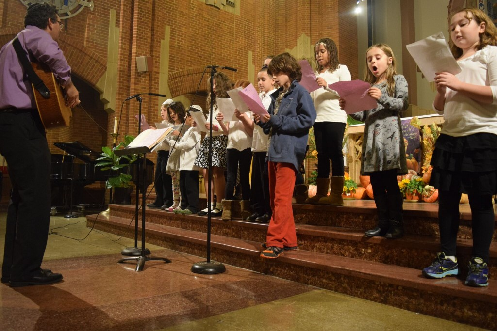 kids sing in church 2015